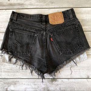 VINTAGE Levi's 501 cutoff shorts